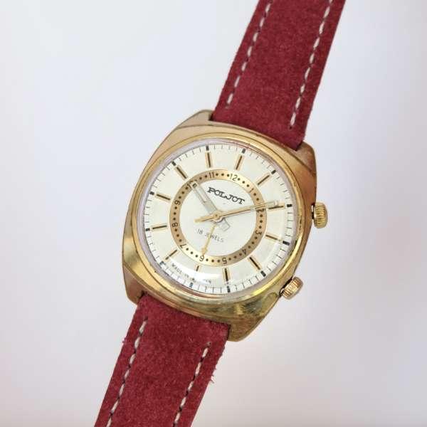 montre dorée soviétique zoom