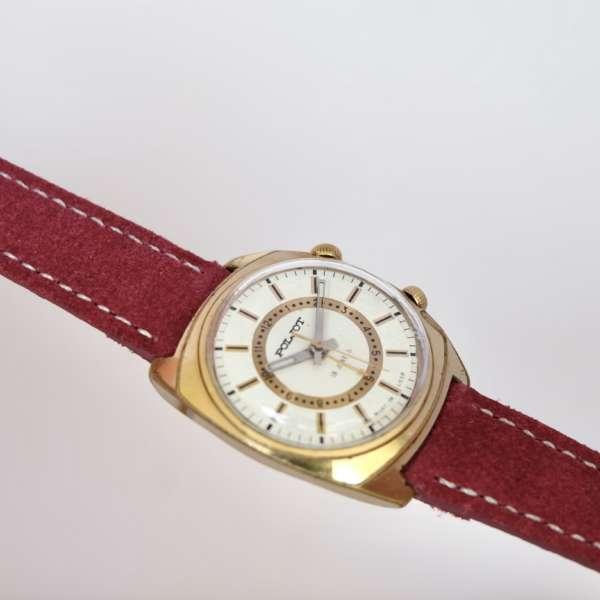 montre dorée soviétique or
