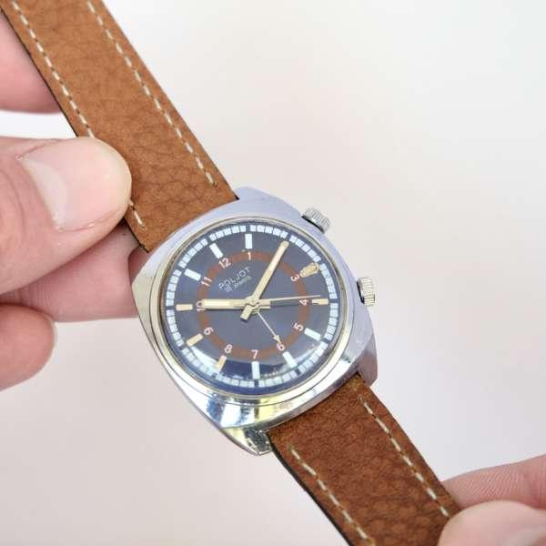 Jolie montre réveil soviétique remontage mécanique manuelle