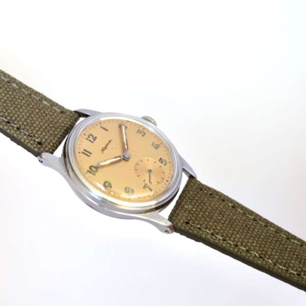montre mécanique vintage militaire